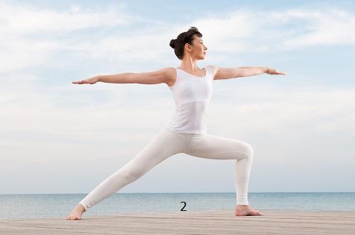 cac-dong-tac-yoga-don-gian